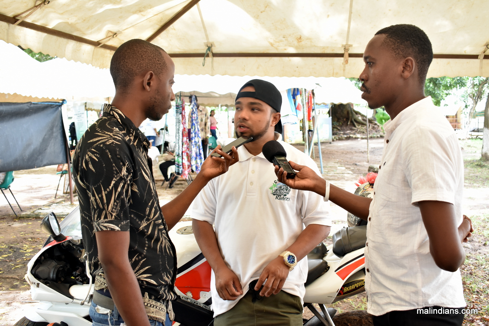 Malindi business Art exhibition 0219 - 8 Facebook Pages to Follow About Malindi Town